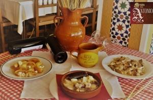 Lomo con setas + Cocido de la casa + 2 Postres + 2 Bebidas