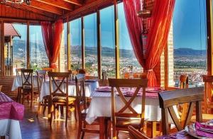 Parrillada para 2 con vistas de Granada